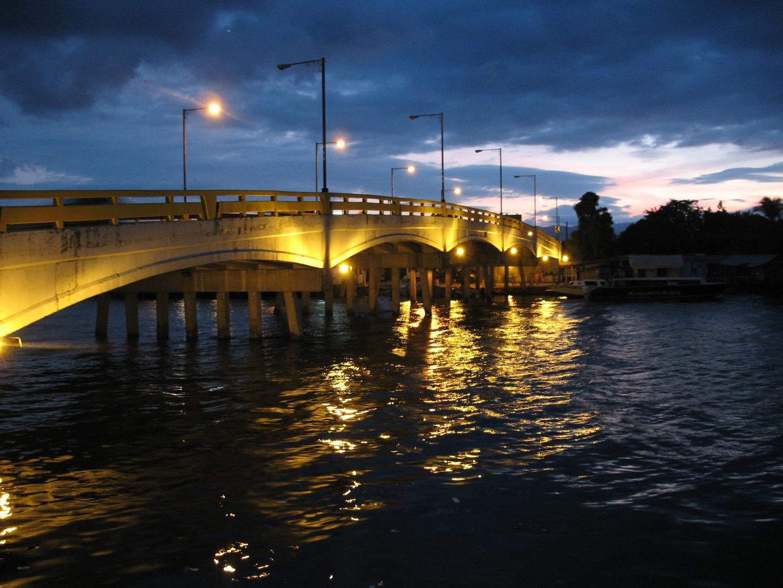 El_Malecon_Puerto_Cortes_Honduras.jpg